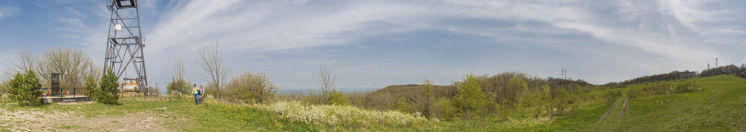 Вид с северной стороны горы