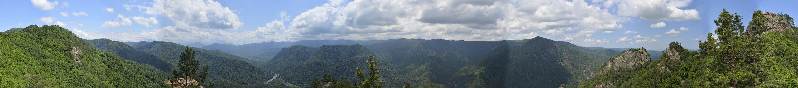 Панорама с отрога горы Трезубец