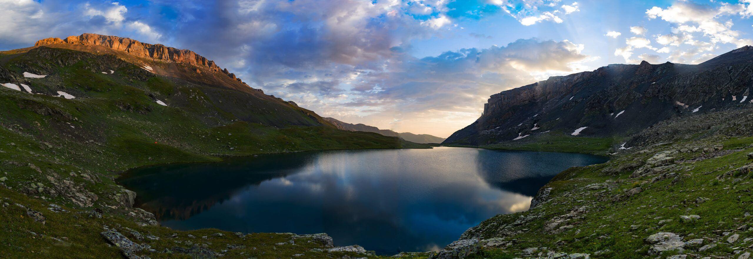 Рассвет на Агурском (Турьем) озере