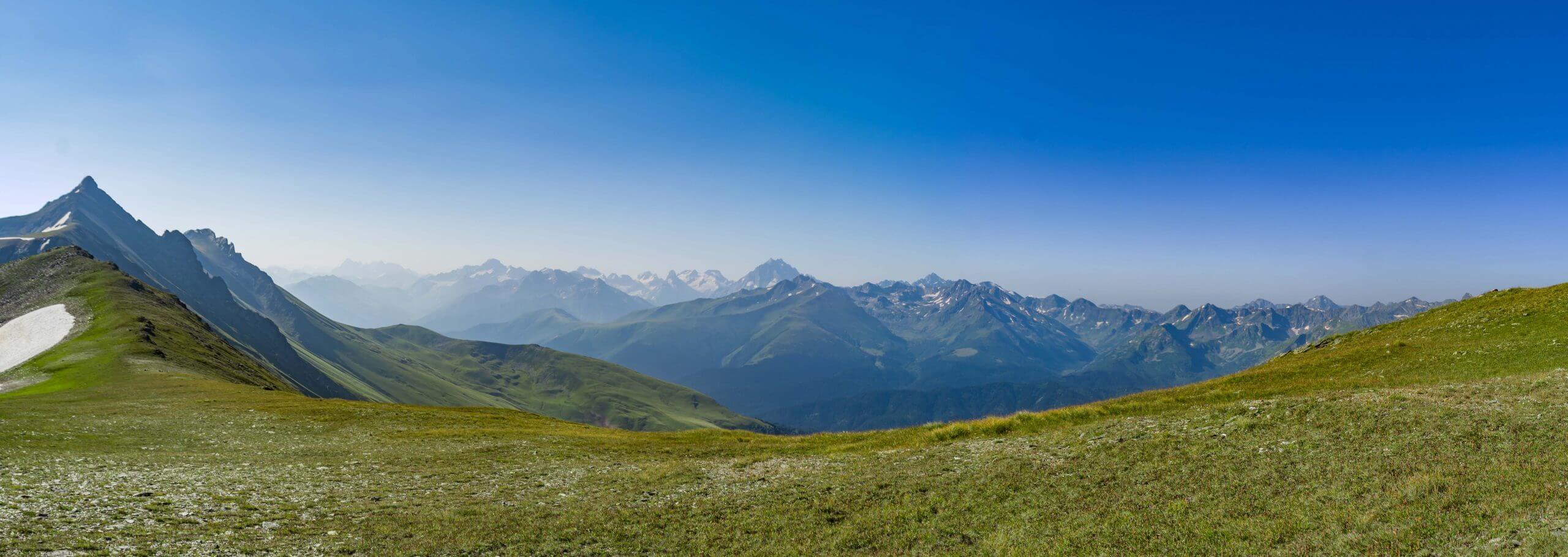 Панорама с перевала Речепста