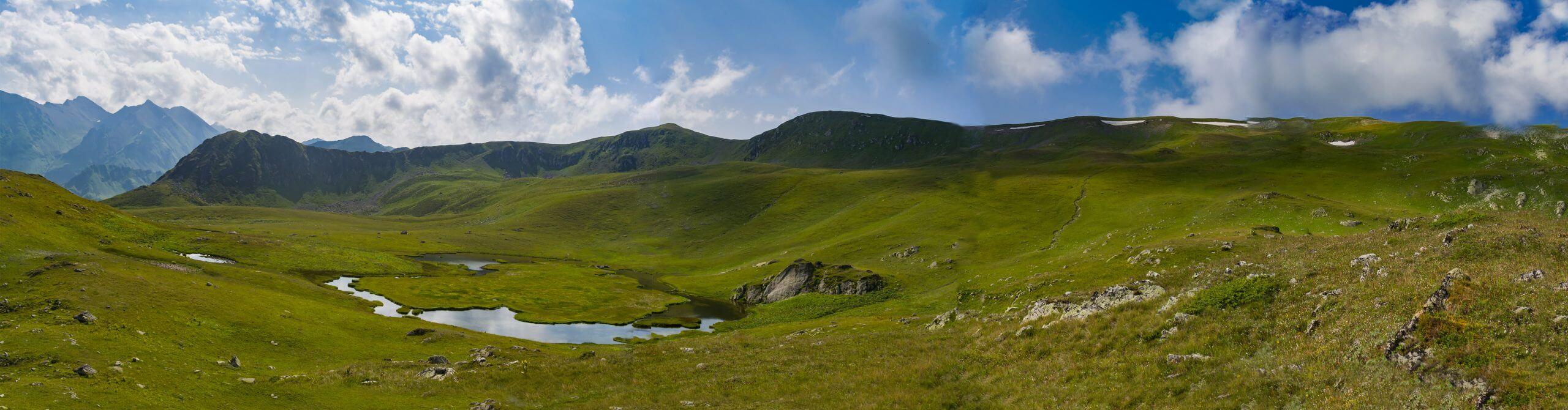 Панорама на Загеданский хребет