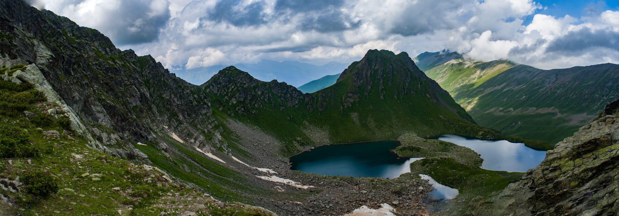 Двуозерье с перевала Загеданских озер
