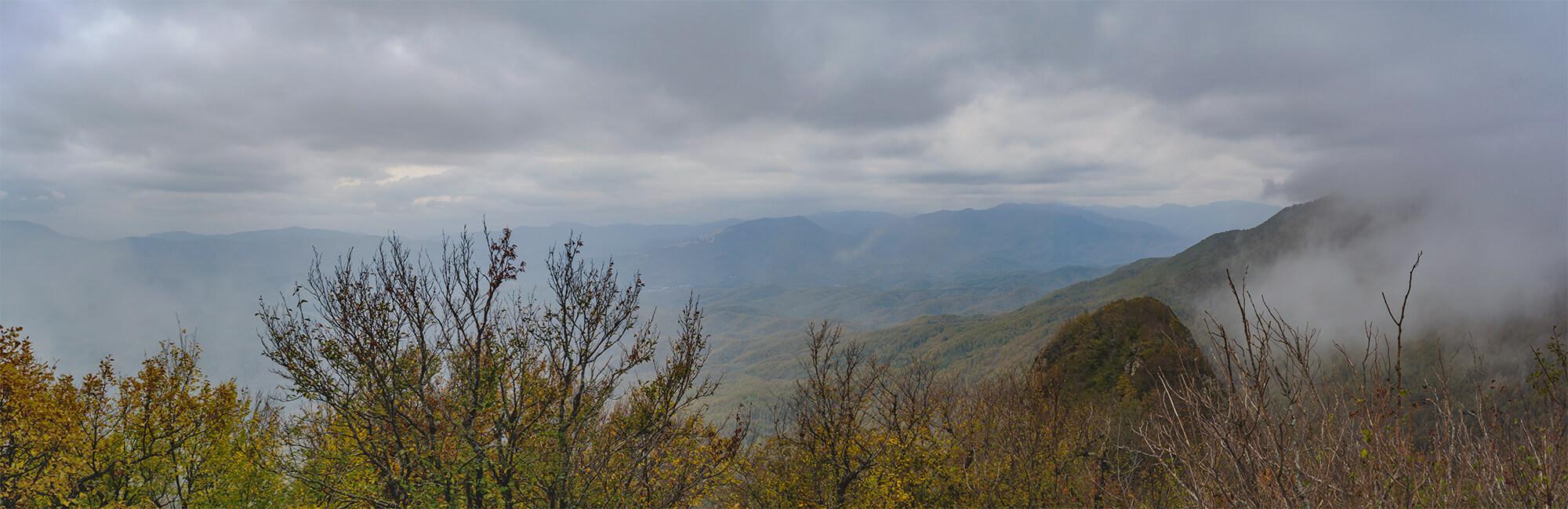 Панорама на вершину второго пика горы Два Брата