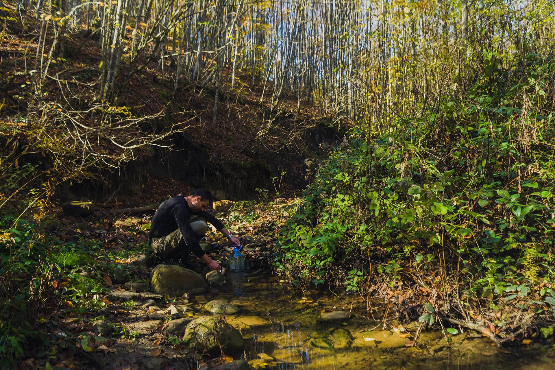 Пополнение запасов воды на реке Убин