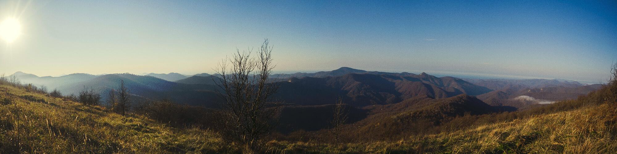 Панорама на юг с горы Фаше
