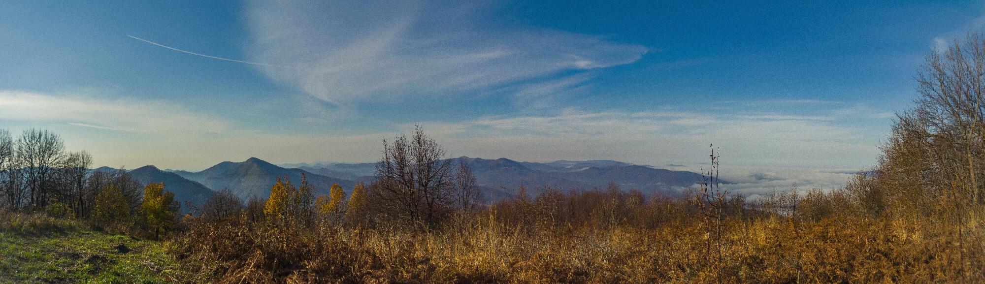 Панорама на запад с горы Хлебушко